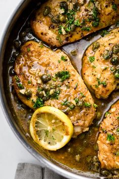 recipes Easy Lemon Chicken Piccata – A Simple Palate A comforting classic Italian recipe. Juicy, tender Lemon Chicken Piccata that is an easy weeknight meal and done in 30 minutes! Made with simple ingredients, cooked in one pan, and has so much flavor. Italian Dinner Recipes, Easy Dinner Recipes, Breakfast Recipes, Italian Dinners, Simple Italian Recipes, Italian Chicken Recipes, Italian Cooking, Dessert Recipes, Pollo Piccata