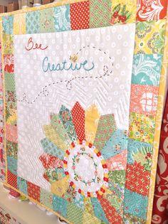 @ SewMod - Bee Creative - cute mini quilt