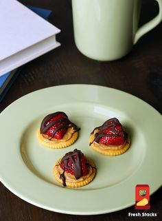 A sweet treat that will not disappoint! With only four ingredients, this recipe is simple and quick to make. Just top RITZ crackers with peanut butter, chocolate, and a slice of strawberry. Easy to make at a party or as a Sunday afternoon snack!