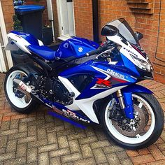 """SUZUKI GSX-R ✔️ @the_boom_84"""