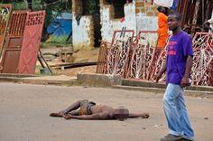 Плански геноцид над Африком!  Од вируса еболе до сада је на афричком континенту умрло више од 4.000 људи и епидемија још није заустављена. Најкритичније је у Либерији, Гвинеји и Сијера Леонеу, а вирус се већ преноси на европски, амерички и аустралијски континент. Еп