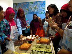GriYa Foods: Pelatihan Meningkatkan Ketrampilan Membuat Kue dan... Birday Cake, Palembang, Medan, Jakarta