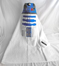 Starwars R2D2 Hooded Towel - Baby, Toddler, Youth - NWT. $30.00, via Etsy.