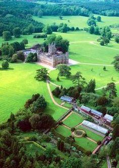 Takes a fleet of lawnmowers ░ Highclere Castle
