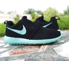 I'm gonna love this site! How cute are these Cheap Nike Shoes Nike roshe run shoes for women and mens runs hot sale. Browse a wide range of styles from cheap nike roshe run shoes store. Nike Shoes Cheap, Nike Free Shoes, Running Shoes Nike, Cheap Nike, Mens Running, Nike Free Runners, Nike Outlet, Look Fashion, Fashion Shoes