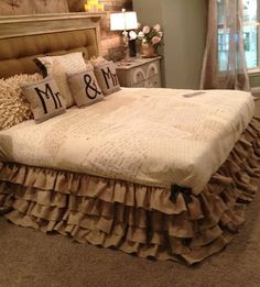 ruffled bed skirt from burlap wedding runners. Plan to make a shower curtain like this as well.  How freakin' country cute is this?!?!