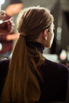 A NON-PERFECT PONYTAIL  |      Beauty Notes: Our Fall/Winter 2015 Presentation – J.Crew Blog