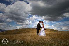 wedding couple at titahi bay. Wedding photographer, Wellington, New Zealand. http://www.paulmichaels.co.nz