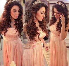 Hansika looking beautiful Hairstyles For Gowns, Saree Hairstyles, Night Hairstyles, Bun Hairstyles For Long Hair, Bride Hairstyles, Long Hair Wedding Styles, Wedding Hair Down, Long Hair Styles, Indian Wedding Gowns