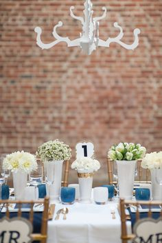 navy and gold themed wedding.