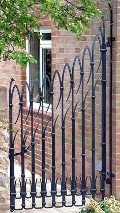 David Tucker - Designer and Artist Blacksmith Wrought Iron Driveway Gates, Gates And Railings, Iron Gate Design, Farm Gate, Entry Gates, Iron Art, Metal Projects, Garden Gates, Blacksmithing
