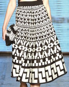patternprints journal: PRINTS, PATTERNS AND SURFACES FROM NEW YORK FASHION WEEK (WOMAN COLLECTIONS SPRING/SUMMER 2015) /  DKNY