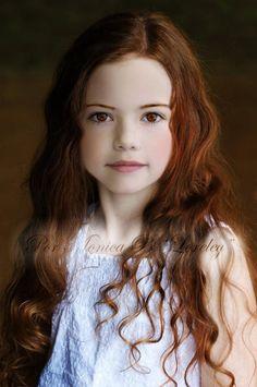 Renesmee Cullen. Twilight Breaking Dawn Part 2