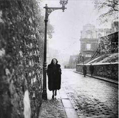 Edith Piaf, Paris, 1930s by Brassai
