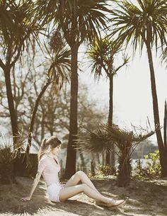Krack Core by Rebeca Stones - La campaña - Krack Zapaterías Summer Photos, Core, Sexy Women, Stones, Halloween, Couple Photos, Couples, Photography, Outfits