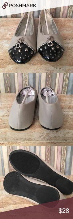 Kiss & Tell Flats size 7 new no box Kiss & Tell Flats Size 7 new no box Shoes Flats & Loafers