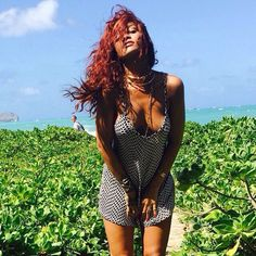 Rihanna looks super sexy in her mini dress while posing along the beach on Sunday (April 19) in Honolulu, Hawaii. The 27-year-old singer is in town for a friend's wedding and she was photographed by her pal Dennis Leupold for some intimate Instagram shots over the weekend. PHOTOS: Check out the latest pics of Rihanna [...]