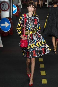 Bucket bags: você já tem a sua? - bolsa saco - bolsa-saco - purse - fashion - street style - hi-lo - Louis Vuitton - Noé - Mansur Gavriel - Moschino