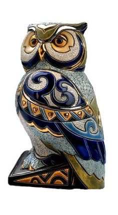 Where its illegal to own a pet owl, just buy yourself a sculpture like this one :)