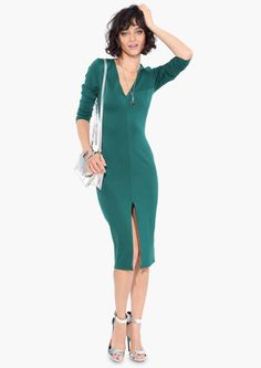 V-neck long-sleeve tight-fitting dress