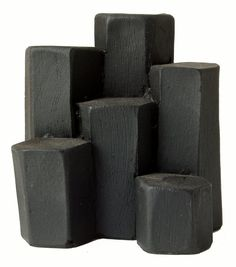 This dramatic rock foundation is undoubtedly one of the wonders of the world, consisting of about 40,000 polygonal columns of dark basalt packed together like childrens building blocks associated in the tale of Finn McCool.  Bring a little piece of Ireland into your home; a gentle reminder of that Golden age.  Made from 5000 year old Irish Turf.  Recreated by by master craftsmen. Comes in presentation box.