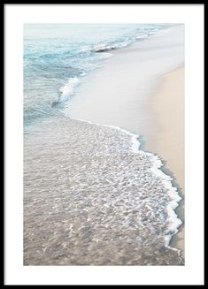 Blue Beach Wave Poster no grupo Posters / Natureza em Desenio AB Home Poster, Poster Shop, Print Poster, Photo Pop Art, Forest Poster, Poster 40x50, Buy Posters Online, Prints Online, Online Art