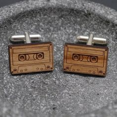 These Antique Wooden Cufflinks are Ideal for Male Music Lovers trendhunter.com
