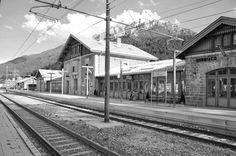 Stazione ferroviaria di Dobbiaco. #Dolomiti #südtirol #Dobbiaco.  Lago di Dobbiaco.