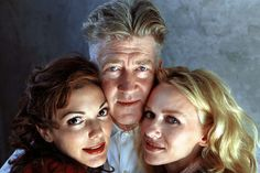 "Laura Harring, David Lynch and Naomi Watts for ""Mulholland Dr."" directed by David Lynch. Mullholland Drive, David Lynch Movies, Sherilyn Fenn, David Lynch Twin Peaks, Naomi Watts, Celebrity Portraits, Film Director, Cannes Film Festival, Film Movie"