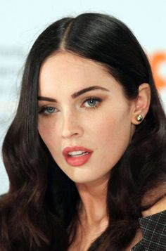 Megan Fox - Those eyebrows are perfect. Nice clean makeup too.