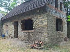 Byla jednou jedna chaloupka… – Iconioo.cz House Design, Cabin, Outdoor Decor, Chata, Home Decor, Homes, Life, Decoration Home, Houses
