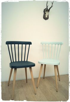 New Furniture, Painted Furniture, Chaise Chair, Chaise Vintage, Chair Design, Dining Chairs, Decoration, Sweet Home, Ceux Ci