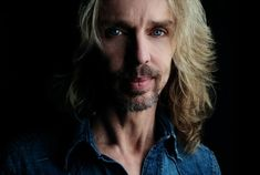 One on one: To sit across from Tommy Shaw and hear him sing  A Crystal Ball  -- just his voice and his guitar! #rfdreamboard