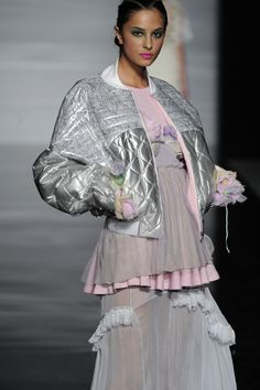 Charlotte Righton graduated from the BA(Hons) Fashion Design course at the University of Westminster in 2012