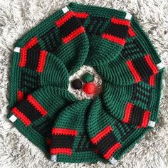 K Beanies (@k_beanies) • Instagram photos and videos www.kbeanies.com Beanies, Tree Skirts, Christmas Tree, Club, Group, Photo And Video, Holiday Decor, Crochet, Videos