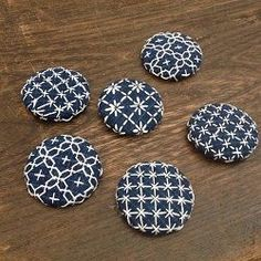 Creative Embroidery, Simple Embroidery, Japanese Embroidery, Embroidery Jewelry, Modern Embroidery, Embroidery Patterns, Blackwork Embroidery, Hand Embroidery Videos, Cross Stitch Embroidery
