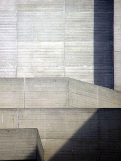 Heidi Specker, Concrete, National Theatre, 2003