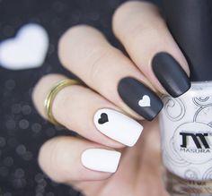 35 Irresistible black and white matching nail styling awesome black and white mash-up nail styling Fancy Nails, Pink Nails, Pretty Nails, Gold Nails, Matte Nails, Black Nails, Glitter Nails, Red Nail, Nail Nail