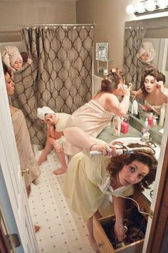 The best ideas for funny wedding photos! So the photo shoot is fun - Funny wedding photos – bridesmaids Best Picture For wedding hairstyles For Your Taste You are l - Perfect Wedding, Dream Wedding, Wedding Day, Party Wedding, Wedding Morning, Wedding Ceremony, Wedding Tips, Wedding Dinner, Garden Wedding