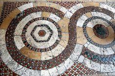 Collegiata di Santa Maria a Lugnano - interno - pavimento cosmatesco by bruno brunelli, via Flickr #Romanesque #cosmati paving