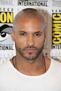 Ricky Whittle Interview - 'The 100' and Lincoln's Backstory #rickywhittle