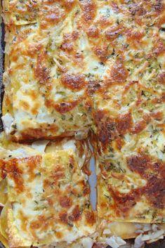 Mushroom and caramelized onion lasagna - Ñami - Recetas Heart Healthy Recipes, Veggie Recipes, Pasta Recipes, Real Food Recipes, Vegetarian Recipes, Cooking Recipes, Avocado Pasta, Love Eat, Homemade Pasta