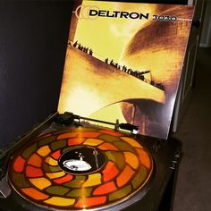 Deltron 3030 - Deltron 3030 // #AugustVinylChallenge Day 11 - Concept Album // Best hip hop concept album ever? I think so. If you disagree I'd be interested to know what you think is better. It's Del the Funky Homosapien rapping about space and the future. It can't be beaten. Anywho Newbury Comics  does a solid job with their reissues which is why I pulled the trigger on the J5 Quality control they just put out. More on that later. #deltron3030 #vinyl #nowspinning #newburycomics by…