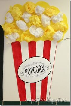 on wall by 2 entrances to Kindergarten pod --popcorn bulletin boards Preschool Circus, Circus Activities, Craft Activities, Preschool Crafts, Carnival Crafts, Carnival Themes, Circus Theme Crafts, Fall Carnival, Carnival Birthday