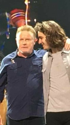 Deacon Frey with Don Henley His dad would be do proud. Eagles Music, Eagles Band, Music Love, My Music, Eagles Take It Easy, History Of The Eagles, Glen Frey, Rip Glenn, Linda Ronstadt