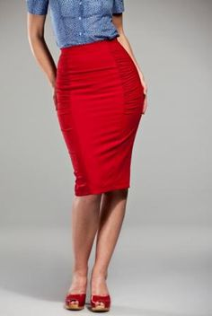 Curvy wiggle skirt in Lipstick red