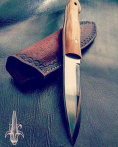 Bushcraft knife by #RustyFileCutlery #knifeporn #fixedblade #bushcraftknife…