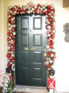 decorating holiday front door decorating ideas front door decorating ideas for front door christmas decorations - Modern Christmas Front Door Decorations