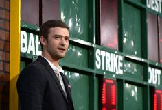 """Justin Timberlake Photos - Premiere Of Warner Bros. Pictures' """"Trouble With The Curve"""" - Red Carpet - Zimbio"""