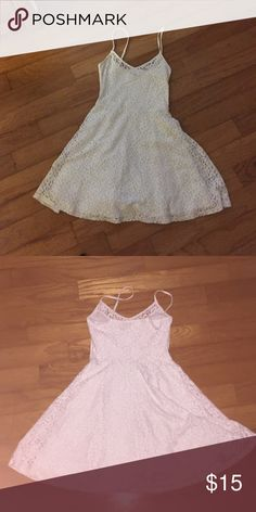 Hollister white dress in good shape, no rips or tears, has adjustable straps and flower lace. has two layers Hollister Dresses Mini